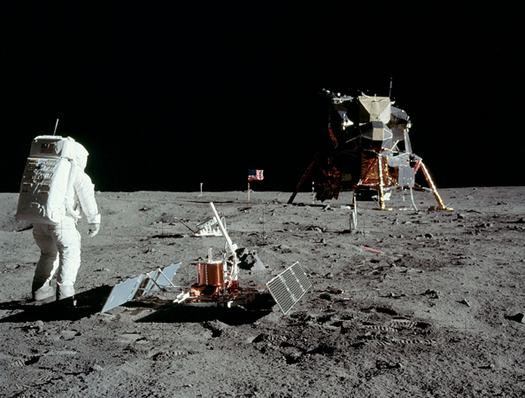 Former Apollo Astronaut and Senator Says Mining Helium on the Moon Could Solve The Global Energy Crisis