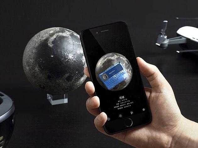 These AR moon models make you feel like an Apollo astronaut