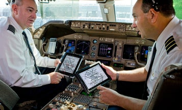 The Air Force is Buying iPads To Replace Pilots' Books and Maps