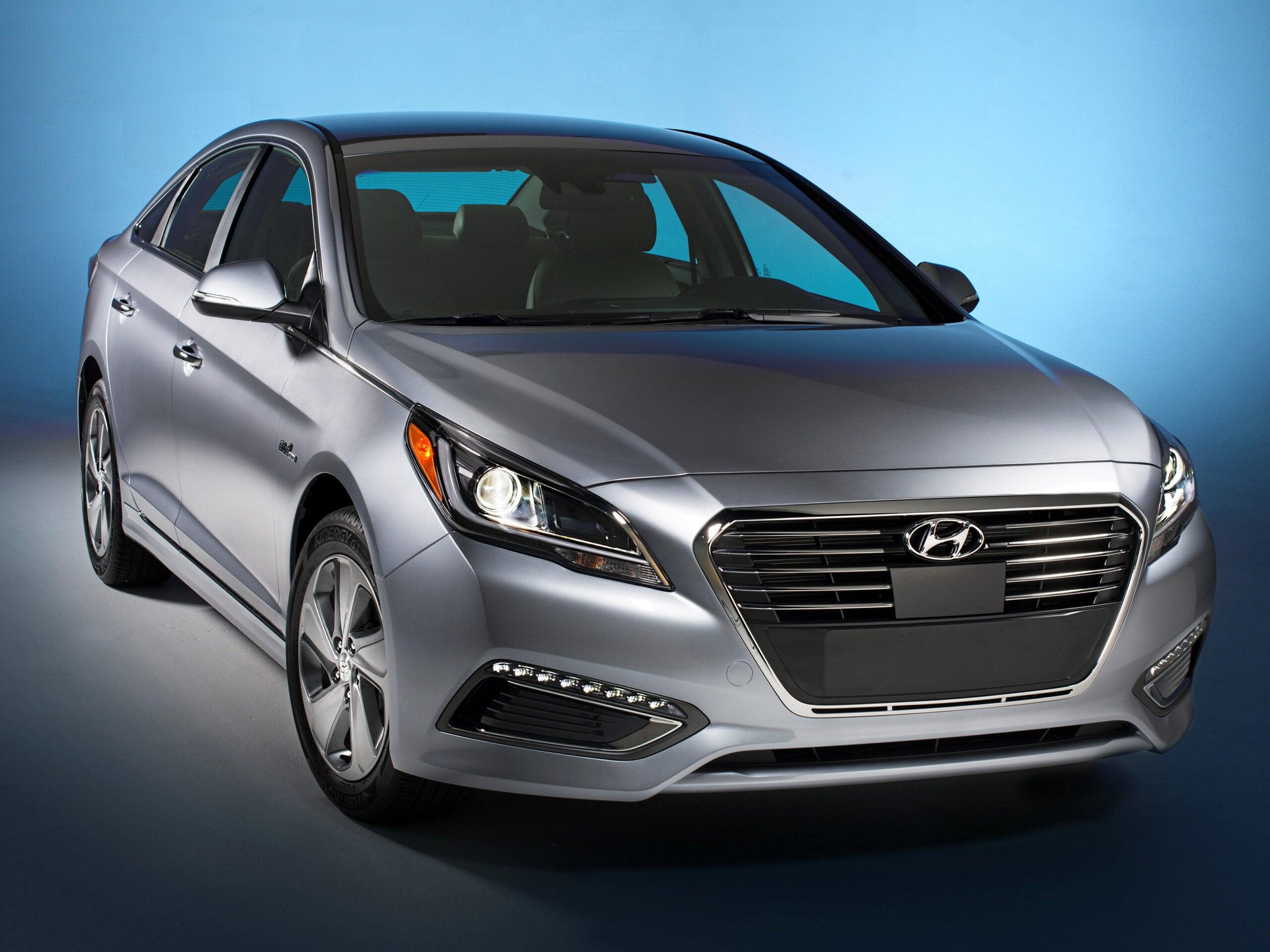 2015 Detroit Auto Show: This Is Hyundai's First Plug-In Hybrid Car