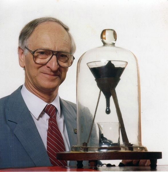 Pitch Drop Experiment Scientist Dies Without Ever Seeing A Drop Fall