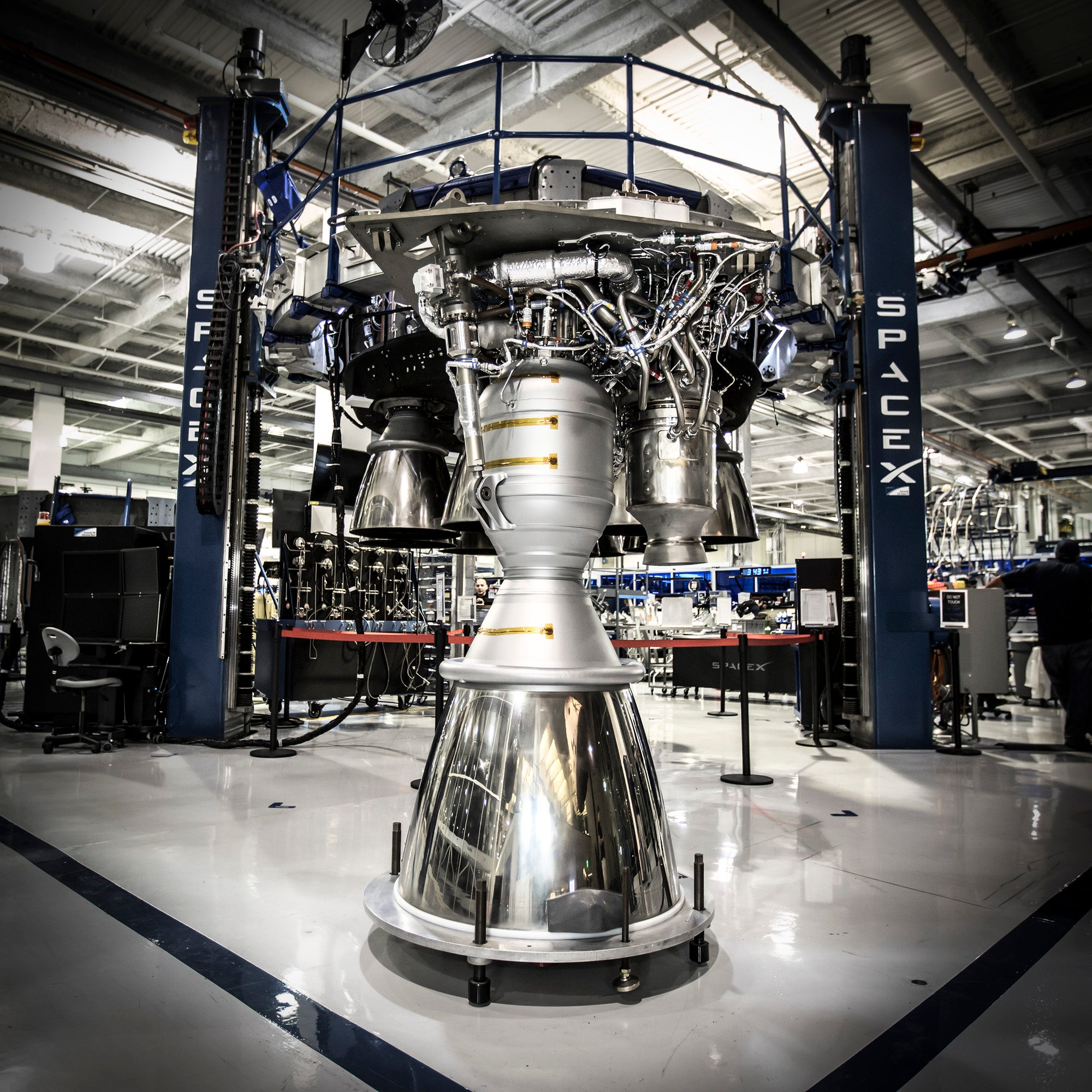 Rocket problems may delay SpaceX's first crewed launches