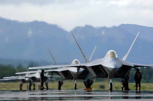 President Convinces Congress To Scrap Additional F-22 Order