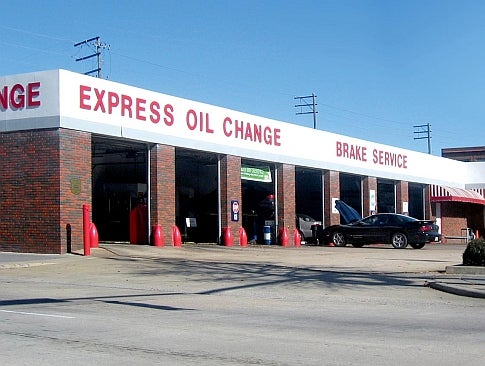 The Science of Changing Your Oil
