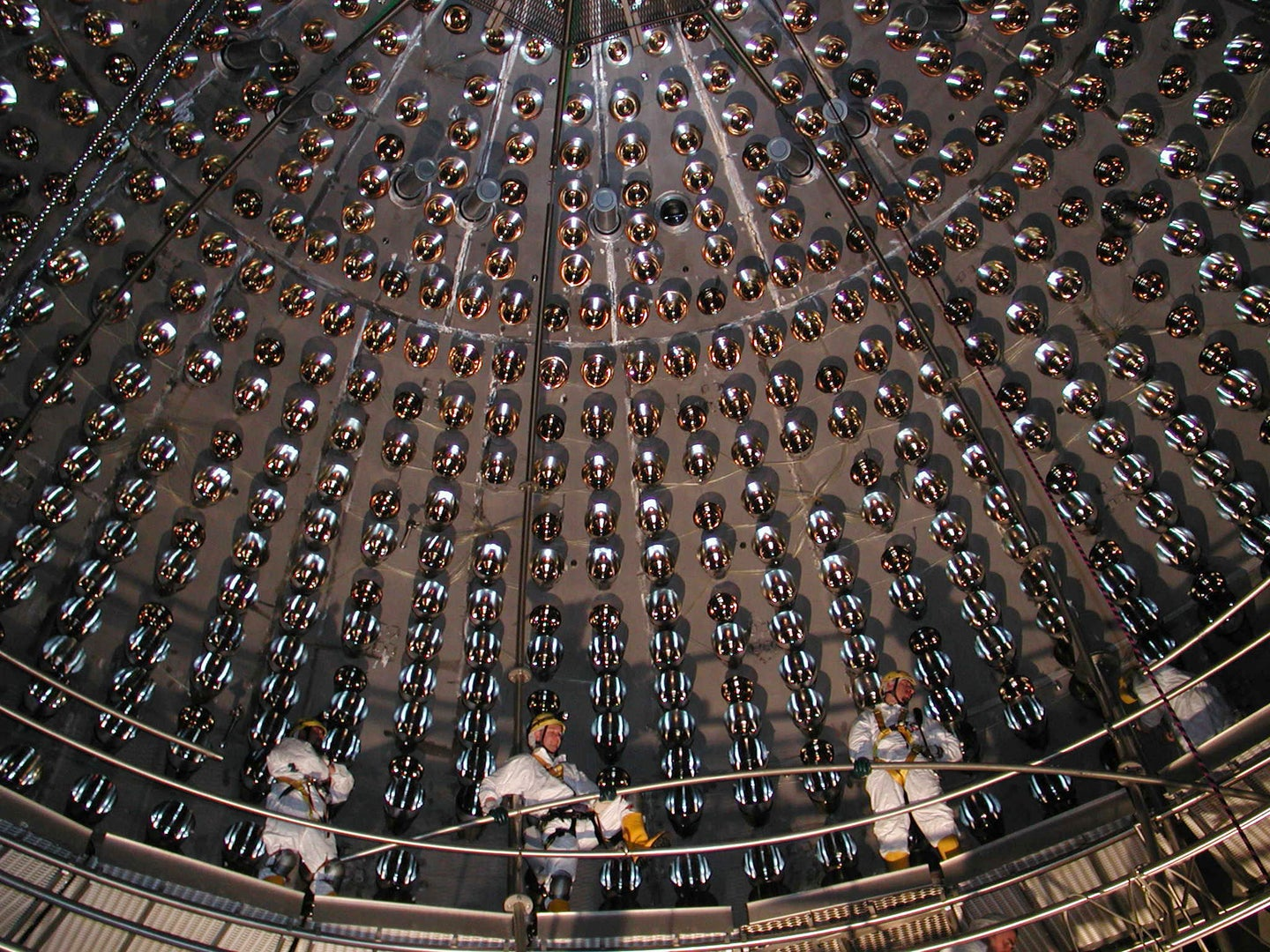 Scientists Spot Subatomic Particles Underground: Geoneutrinos May Help Drive Earth's Internal Heat