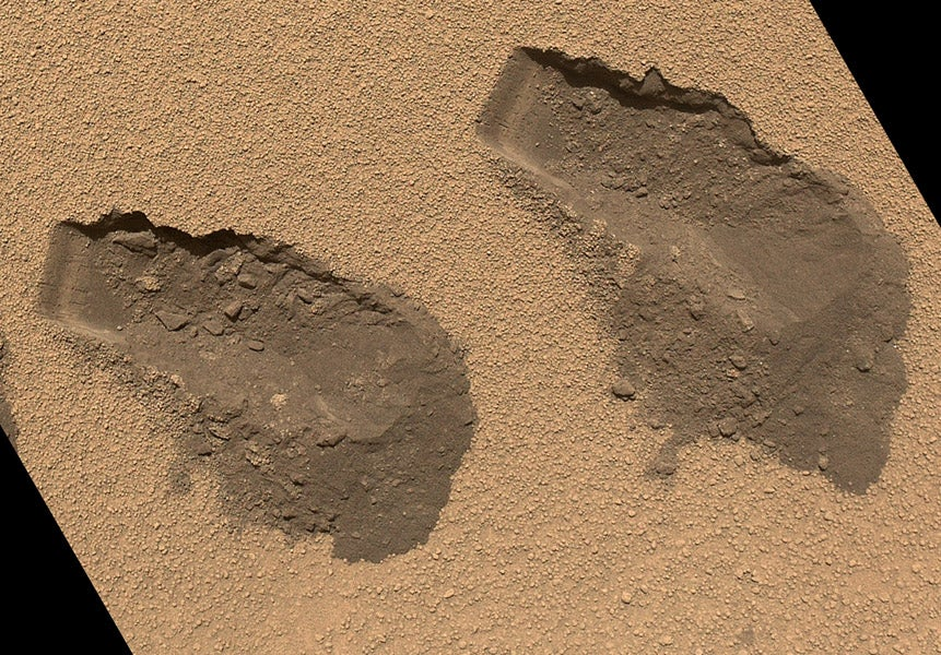 Mars Rover Curiosity Finds Complex Chemistry On Mars, But Can't Confirm Organics — Yet