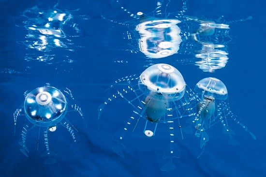 Robotic Jellyfish On The Move