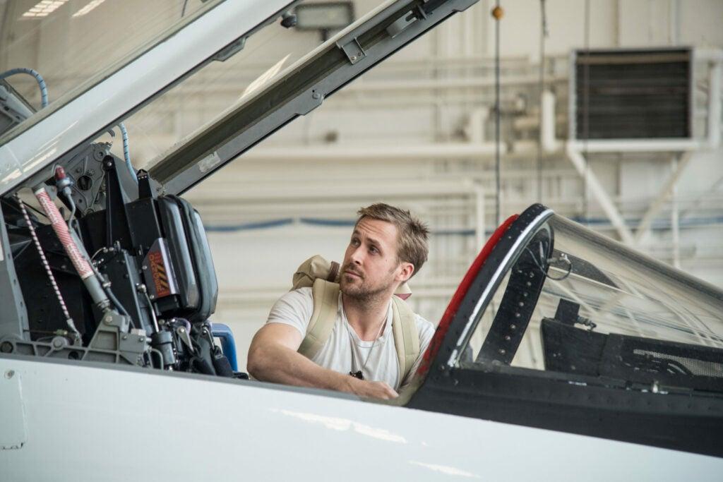 ryan gosling in plane