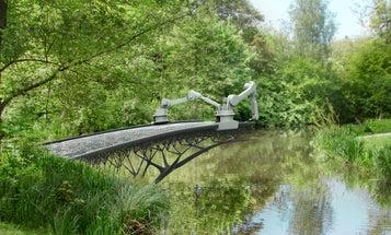 A Robot Makes a 3-D Printed Bridge