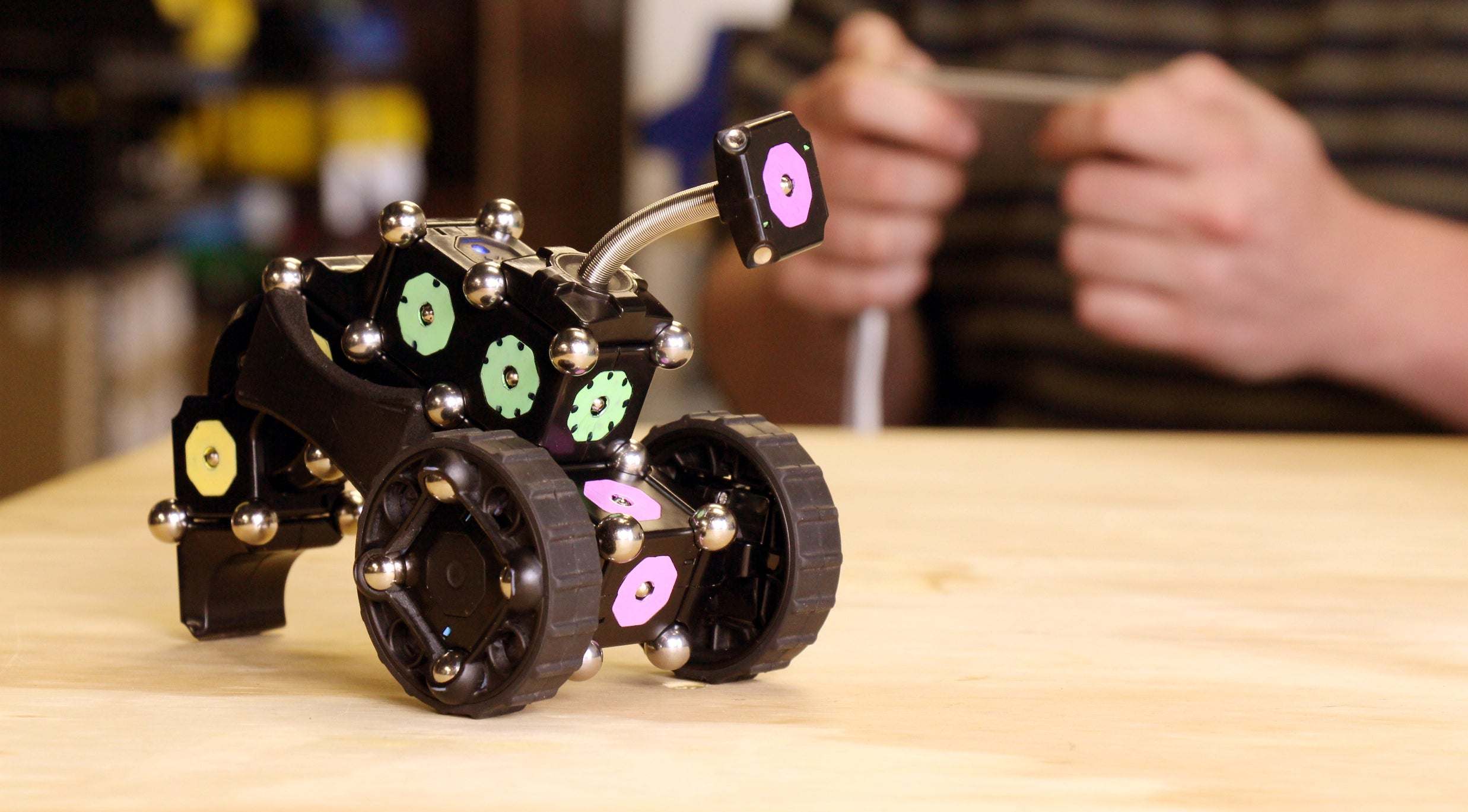 The Modular Robots Are Coming, One Toy At A Time