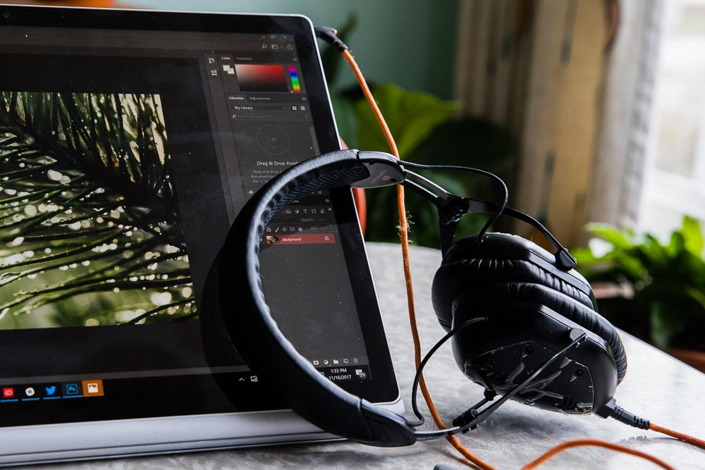 Surface Book 2 Review headphone jack