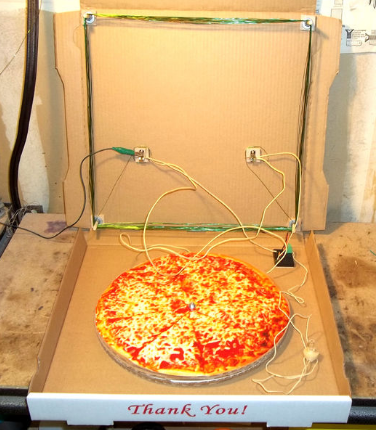 Build A Radio That Looks Like A Pizza