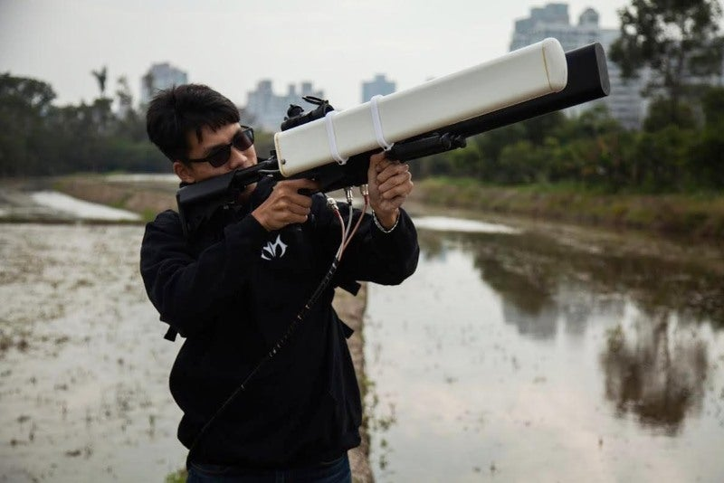 Skynet Anti-Drone Rifle Can Jam Signals In The Air
