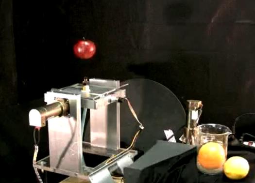 Pneumatic Ball-Levitating 'Bot Preps Produce, Wins at Beer Pong