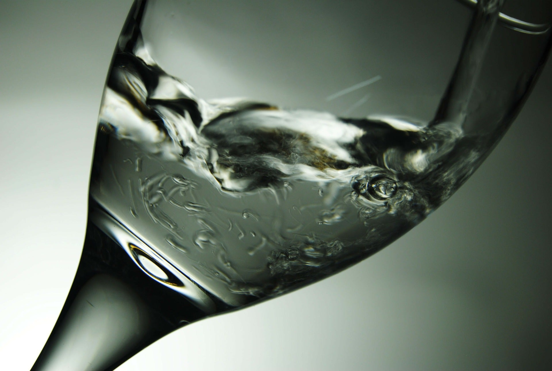 Nose-Like Biosensor Sniffs Out Stinky Drinking Water