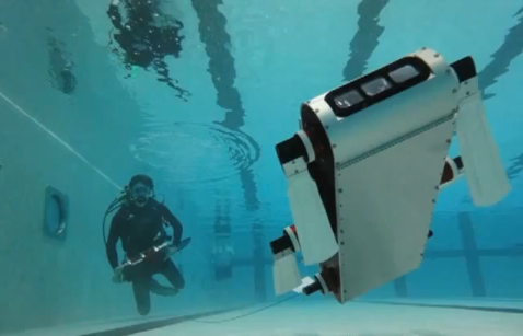 Video: Underwater Bots Controlled by Underwater Tablets Show Off their Swimming Skills