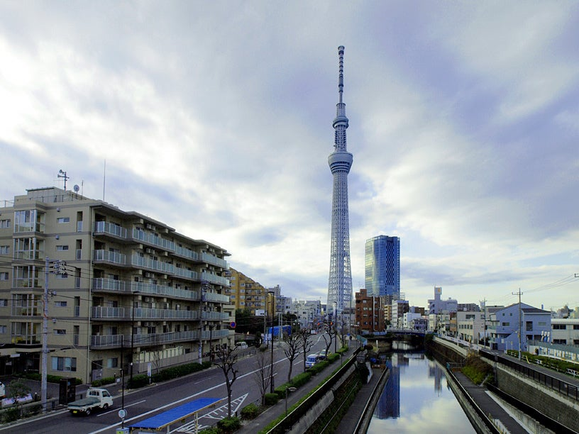 Japanese Construction Company Plans Space Elevator By 2050