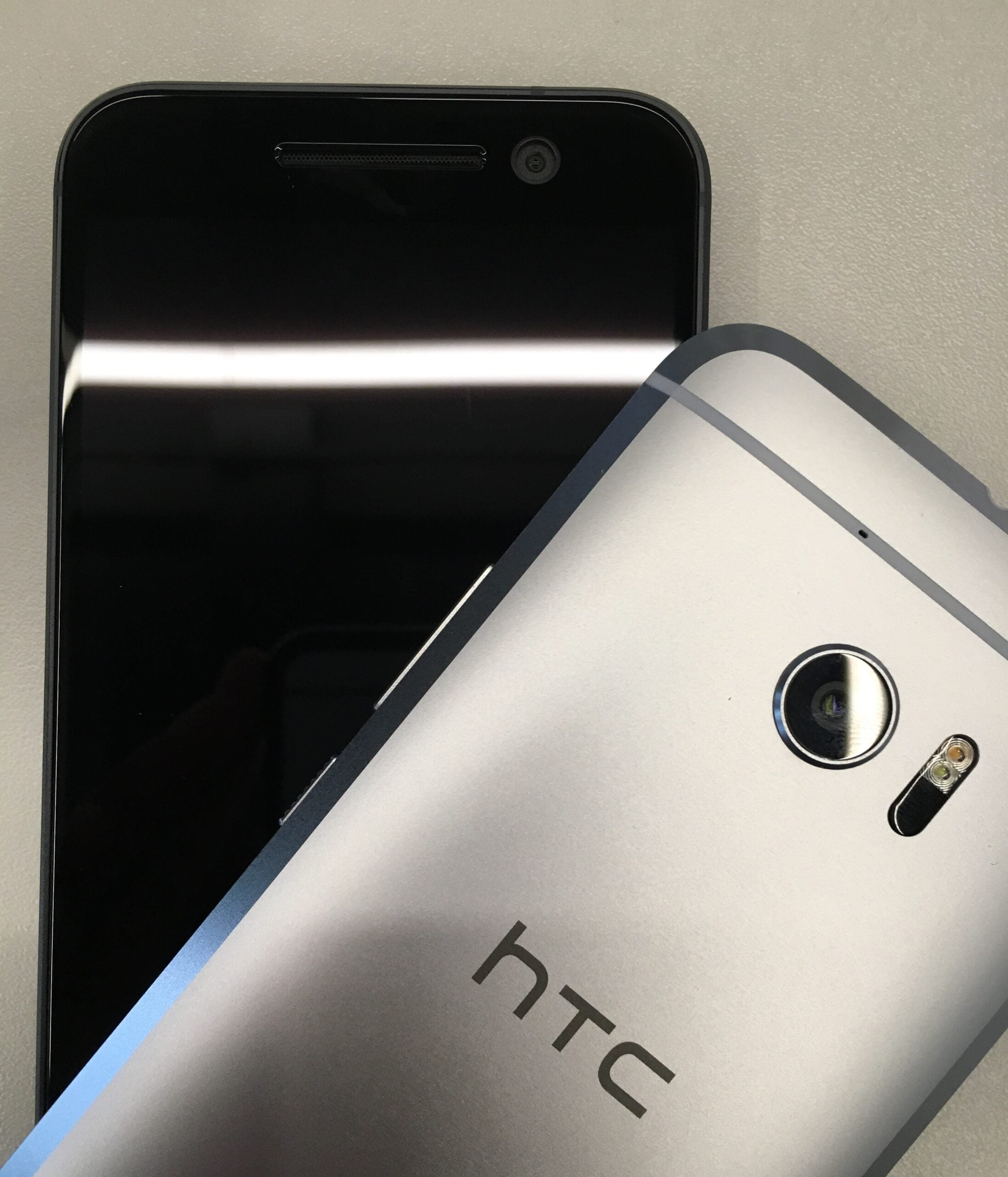 With Bolt, HTC Might Be Next To Drop Headphone Jacks