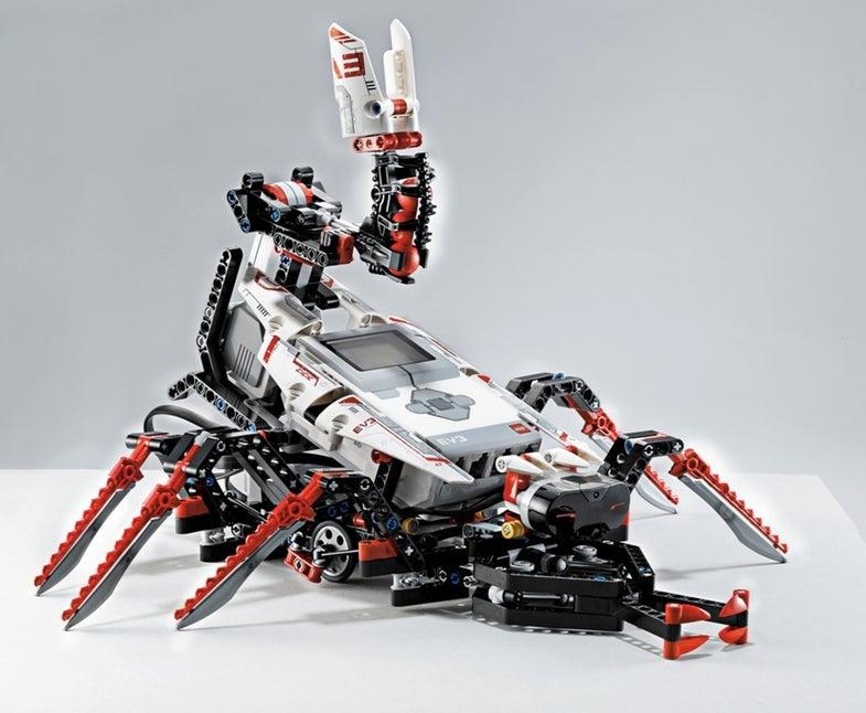 CES 2013: Lego Mindstorms EV3 Robots Add App Control, Speed, Sensors