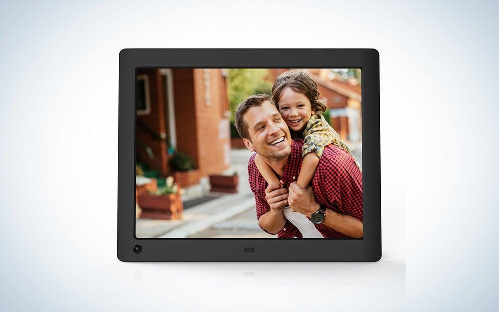 NIX Advance - 8 inch Hi-Res Digital Photo Frame with Motion Sensor