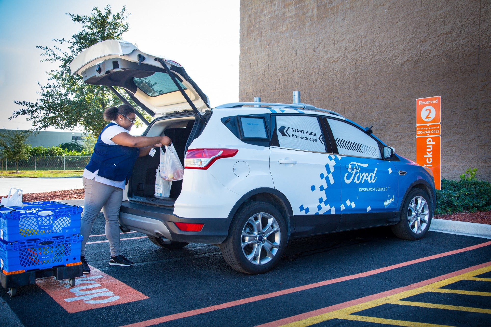 Delivering groceries with self-driving cars may be even trickier than transporting people