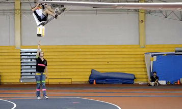 Video: Maryland Student Hovers 8 Feet High in Human-Powered Helicopter, Smashing Previous Records