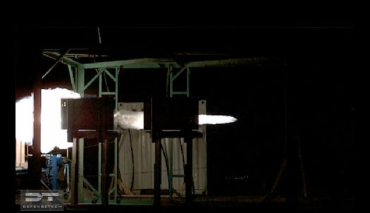 Video: Railgun Blasts an Aerodynamic Round Seven Kilometers Through A Steel Plate