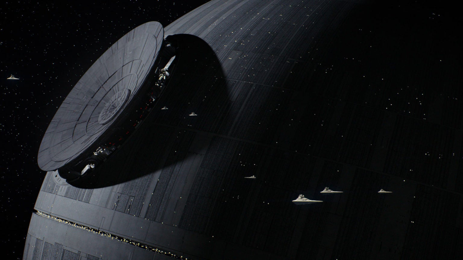Darth Vader Will Return In 'Rogue One: A Star Wars Story'