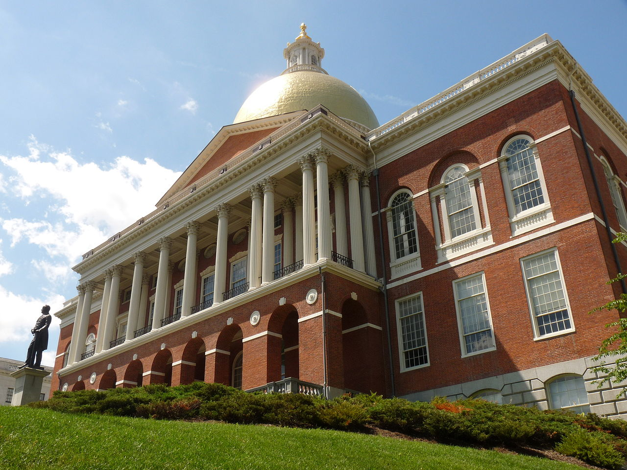 Massachusetts Considers Legal Protection From Police Drones