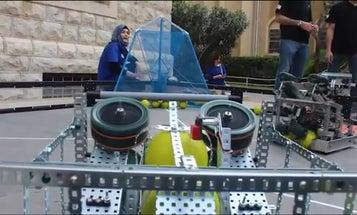 Syrian Refugees Create Robot Baller