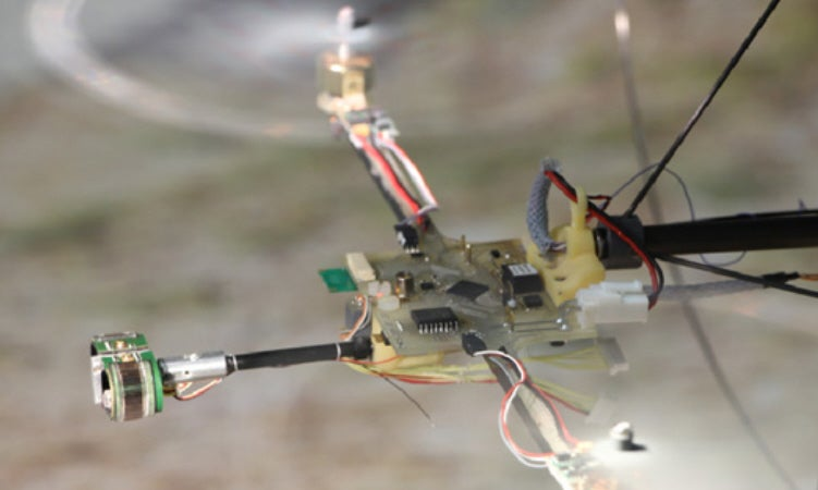 Small BeeRotor Drone Learns To Fly By Sight Alone