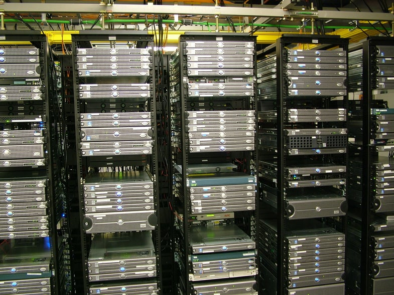 Turning Idle Machines Into A Global Supercomputer
