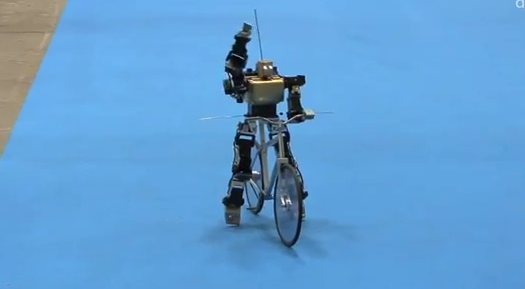 Video: Adorable Robot Rides Fixed-Gear Bicycle