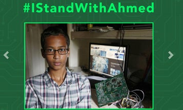 Young Inventor Ahmed Mohamed Gets Crowdfunding Campaign After Arrest