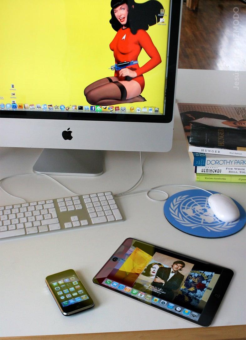 Apple's Tablet Imagined, Lustily
