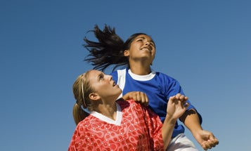 Heading a soccer ball might hurt women's brains more than men's