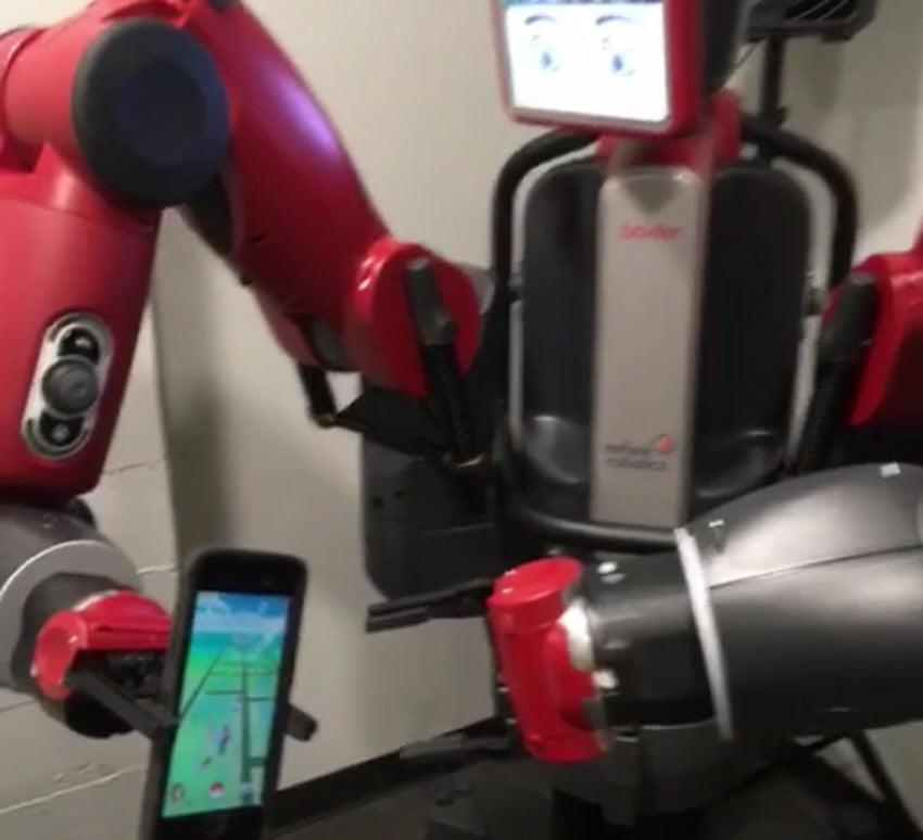 This Robot Catches Pokémon