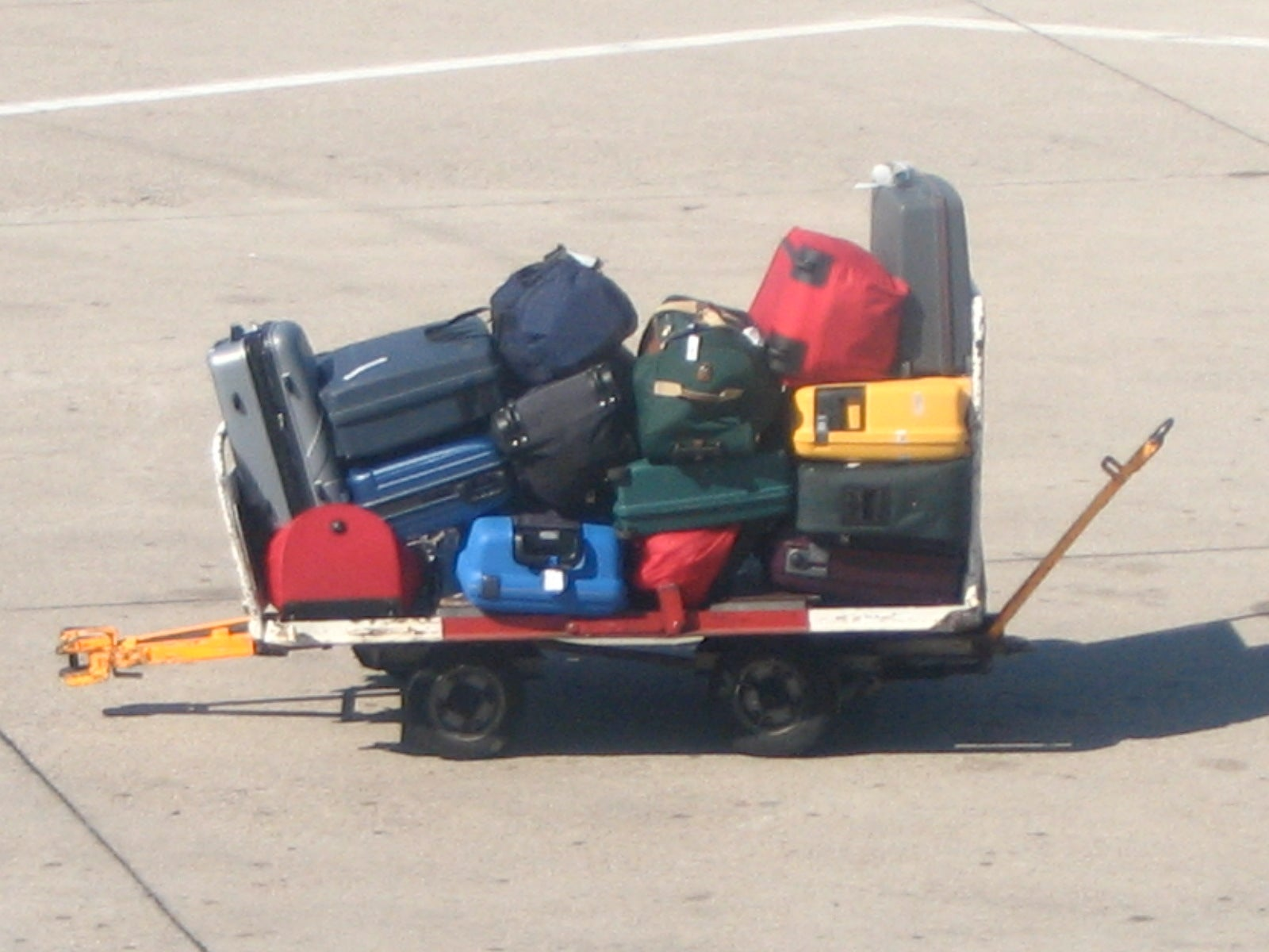 Smart Luggage May Check Itself In, Follow You Around
