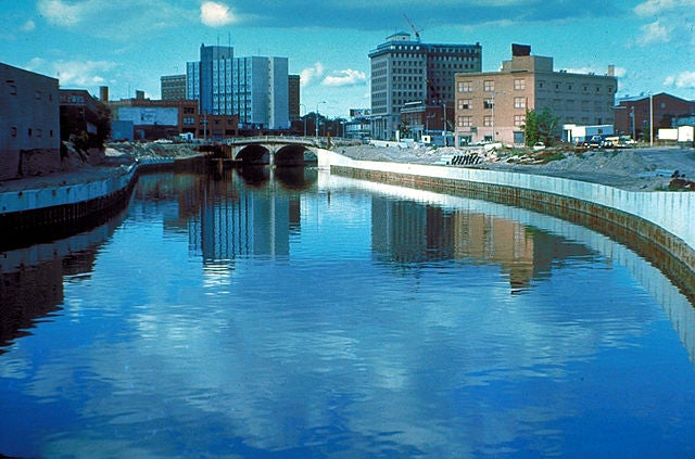 How Did Lead Get Into Flint River Water?