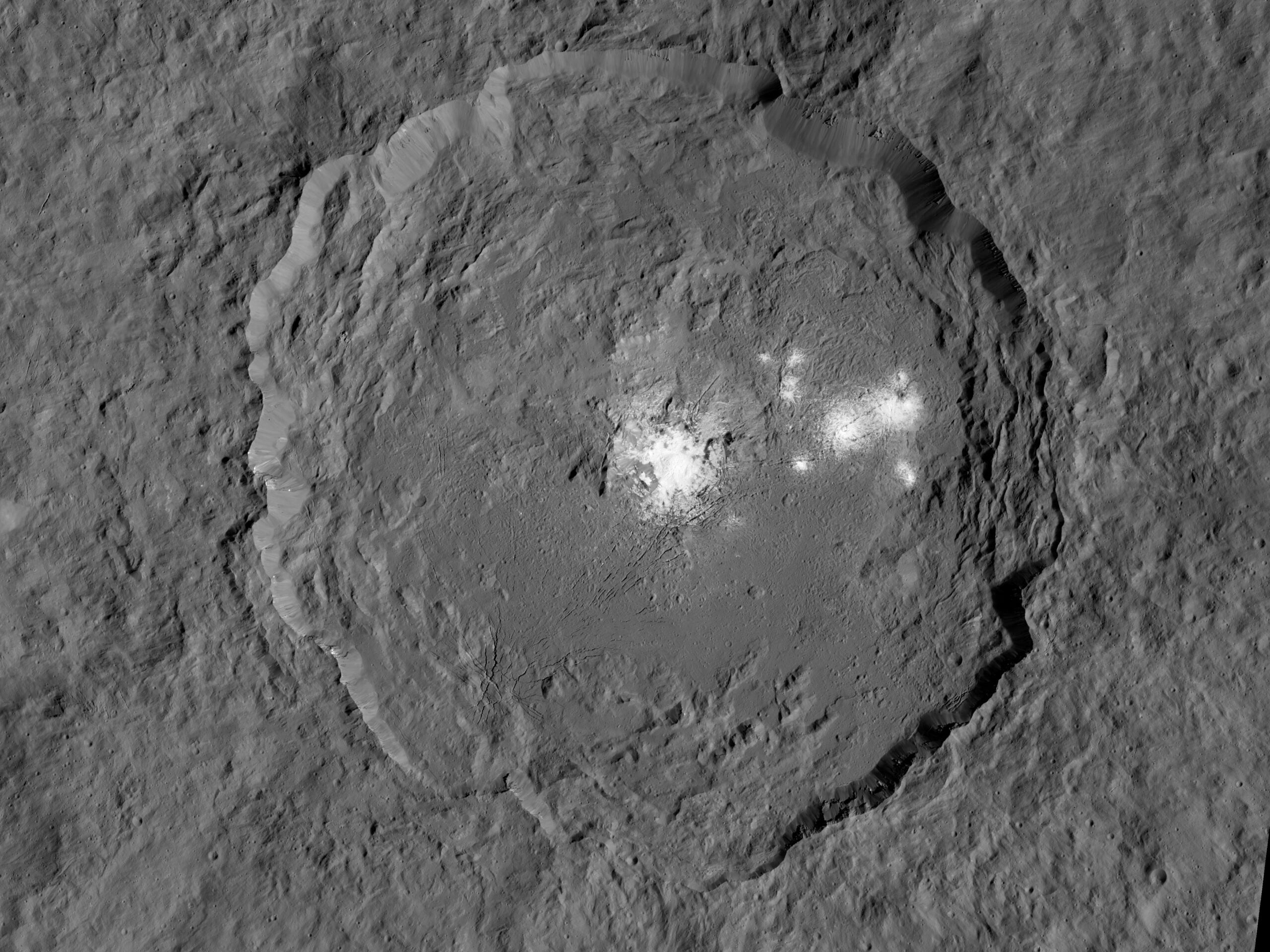 See Ceres's Spots Shine In Extraordinary Detail