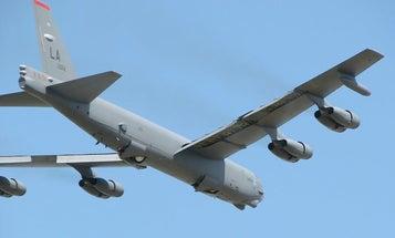 B-52 Bombers To Get Longer-Range Cruise Missiles
