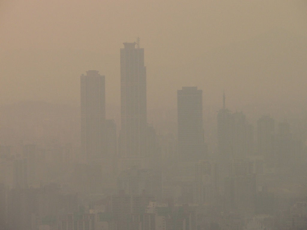 "Chinese Scientist Likens Beijing's Smog Problem To ""Nuclear Winter"""