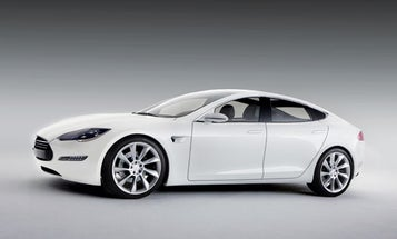 Tesla's Model S Sets a New Standard for Battery-Powered Cars