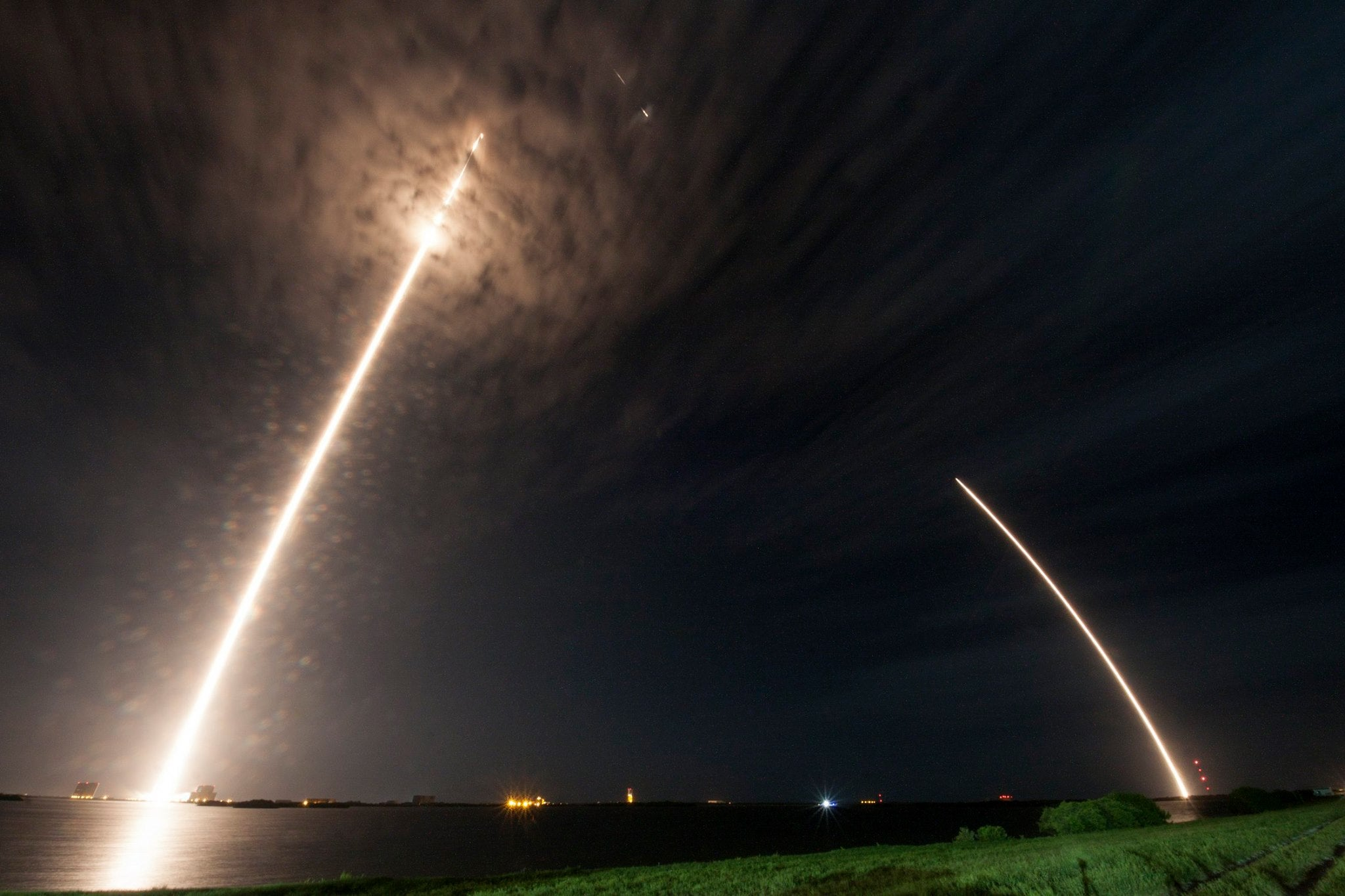 This Image of the Latest SpaceX Launch Is Awe-Inspiring