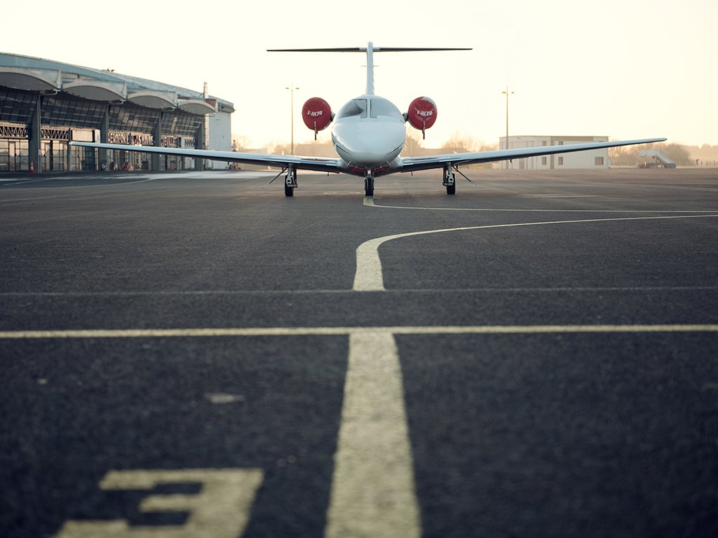 How to book the cheapest flights possible