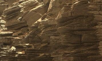 Curiosity Sends Back Some Final Photos Of Martian Buttes
