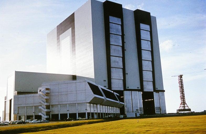 NASA's VAB: a Garage for the Saturn V