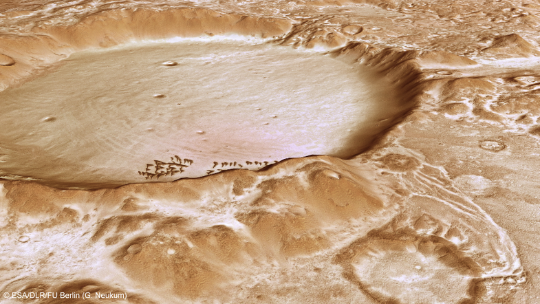 BigPic: A Frost-Covered Mountain Range On Pockmarked Mars