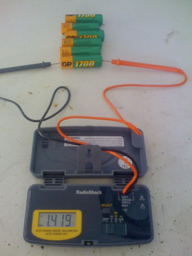 Portable multimeter Cen-tech P34907