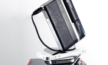 A Portable Fuel-Cell Charger With Weeks' Worth Of Juice
